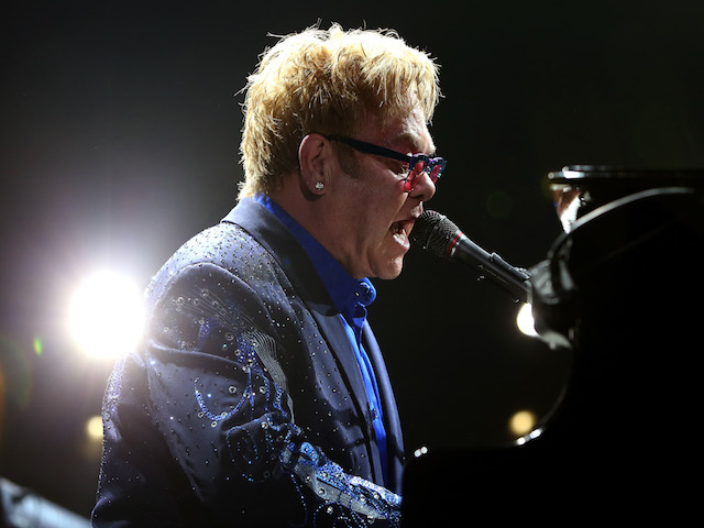 Elton John Loses It On Stage Over Handsy Fans