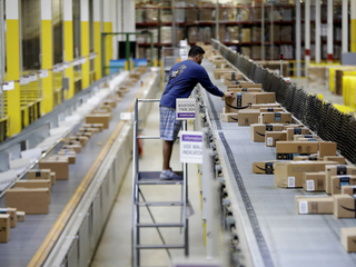 Amazon conducting warehouse job fairs today