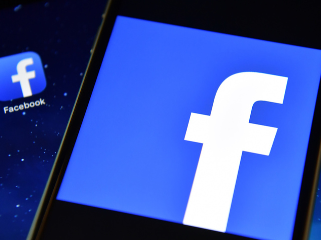 Facebook to consider appeals on content removal