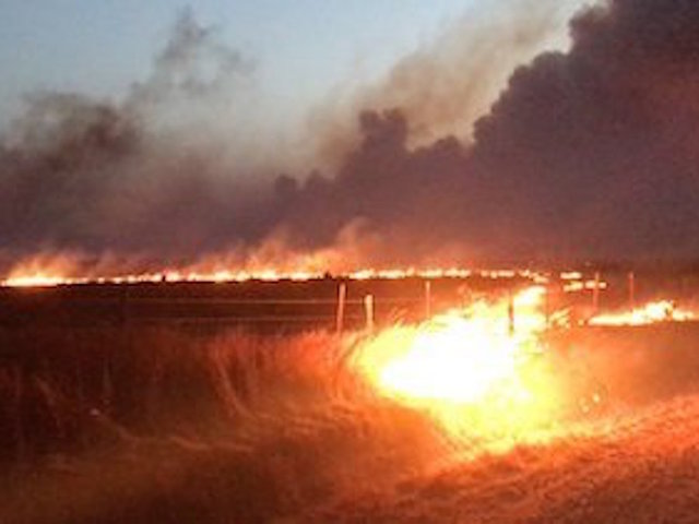 Hunter trapped in Oklahoma wildfire