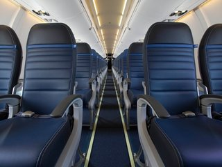 How much to ask for to give up your plane seat