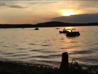 17 killed in Missouri duck boat sinking